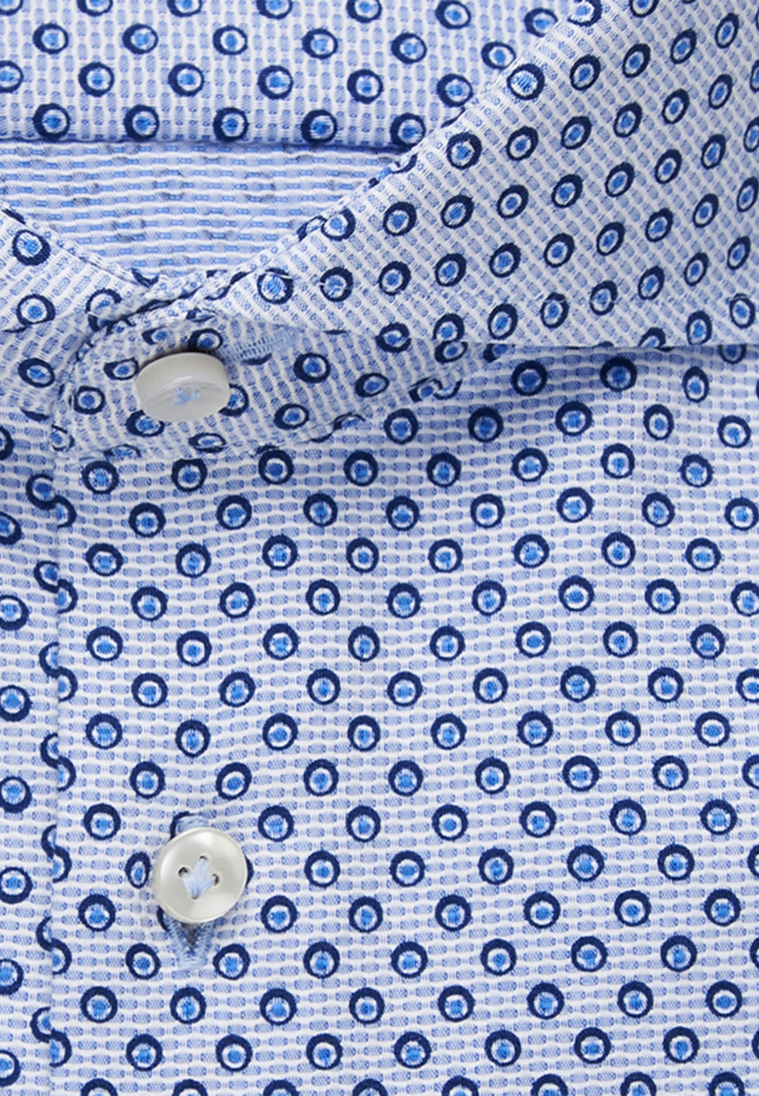 Struktur Business Hemd in Custom Fit mit Haifischkragen in Hellblau    Jacques Britt Onlineshop