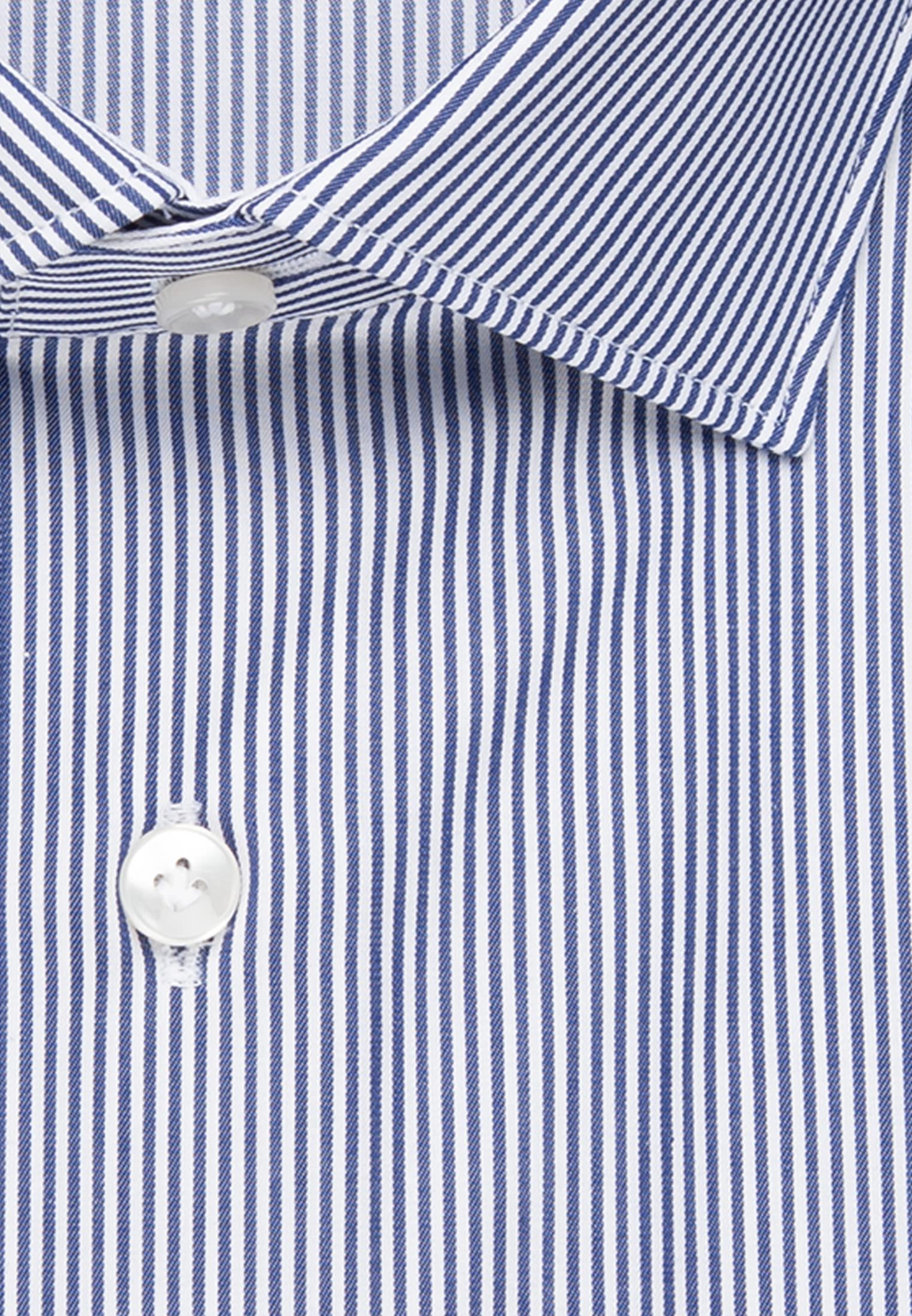 Twill Business Hemd in Custom Fit mit Kentkragen und extra langem Arm in Mittelblau |  Jacques Britt Onlineshop