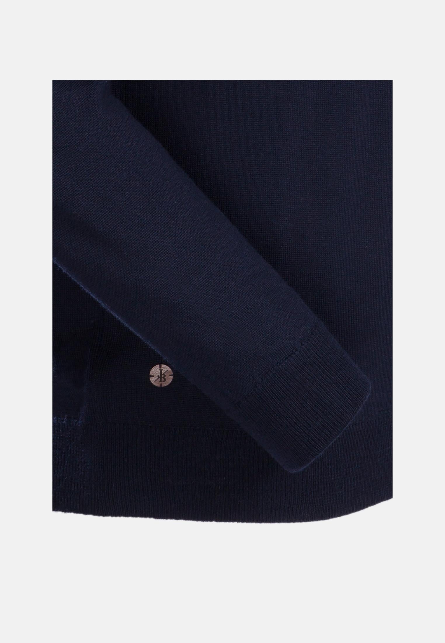 V-Neck Pullover aus 100% Merinowolle in Dunkelblau |  Jacques Britt Onlineshop