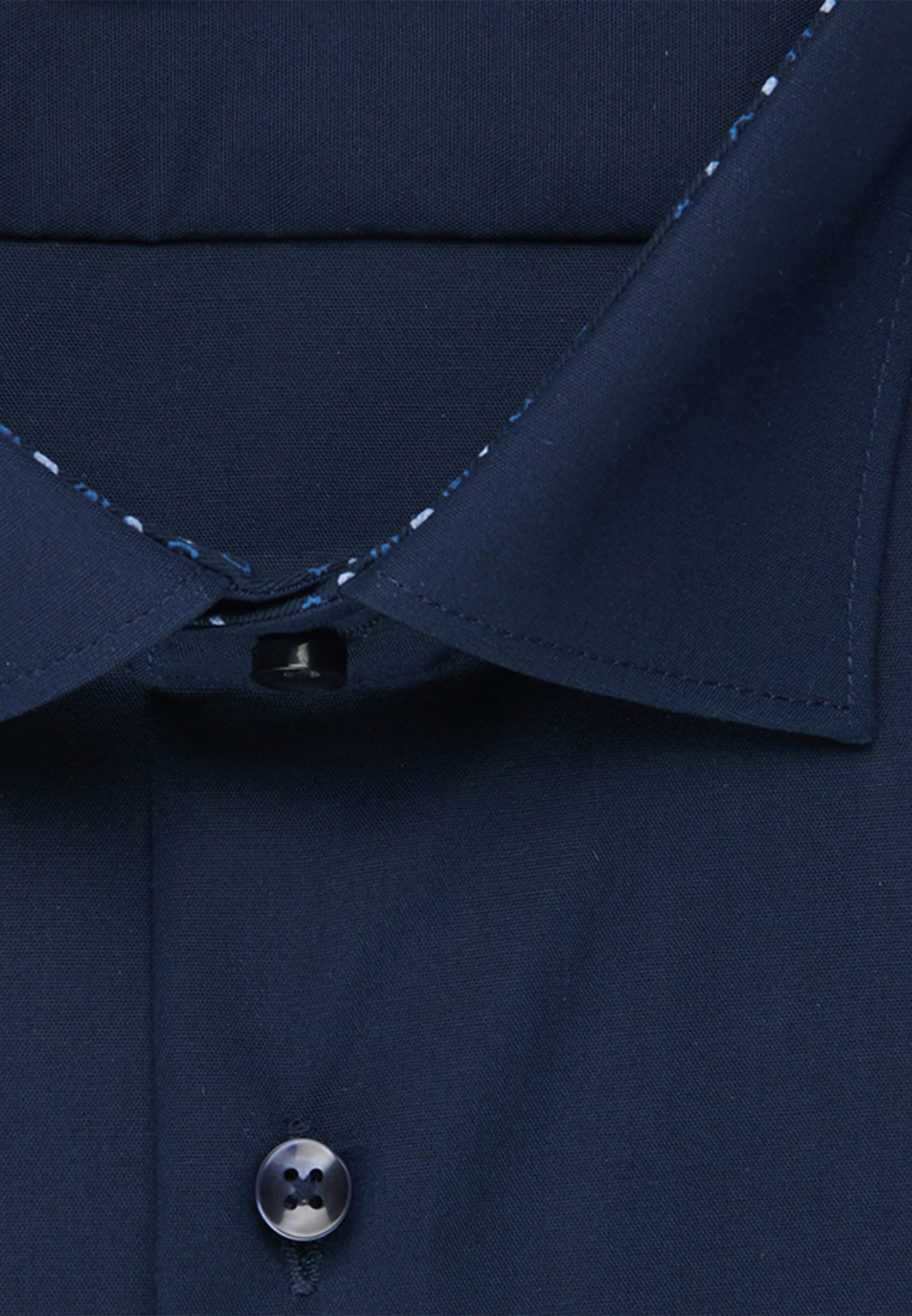 Non-iron Poplin Business Shirt in Shaped with Kent-Collar in Dark blue |  Seidensticker Onlineshop