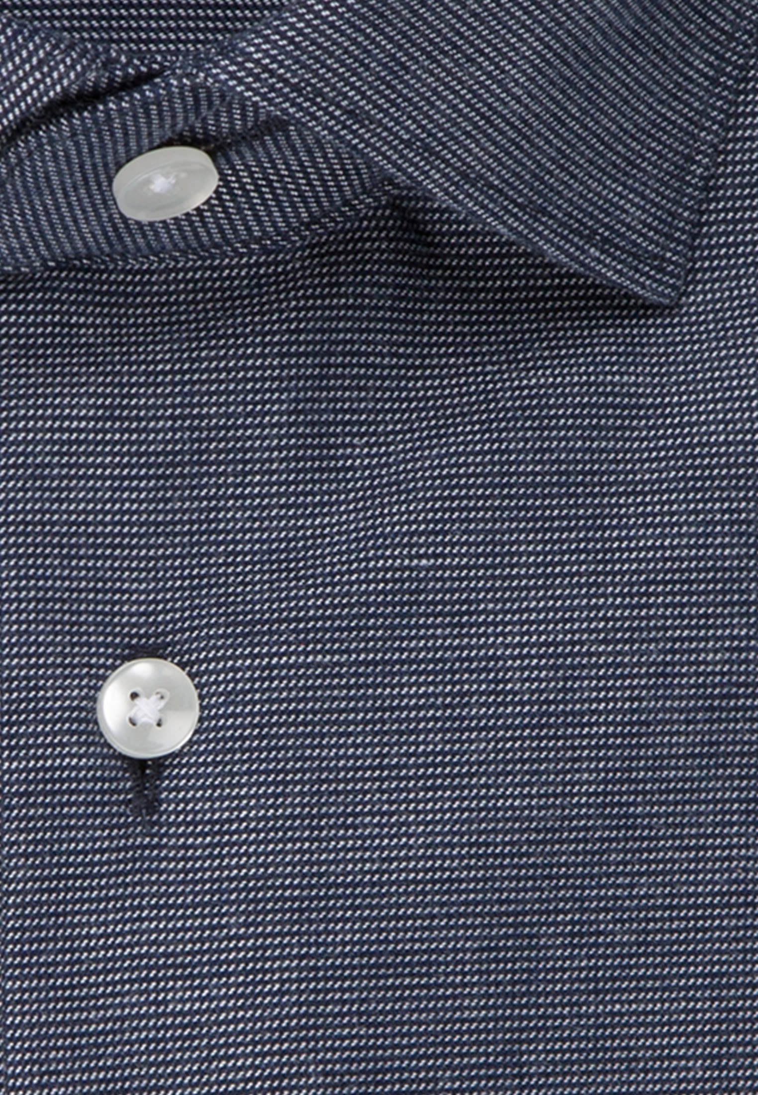 Easy-iron Structure Business Shirt in Shaped with Kent-Collar in Dark blue |  Seidensticker Onlineshop