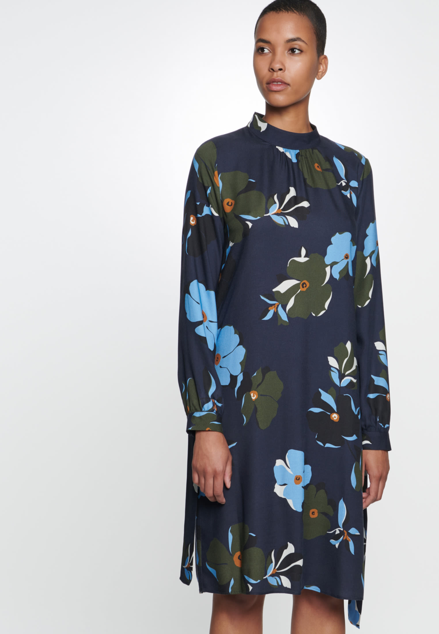 Twill Midi Dress made of 100% Viscose in Dark blue |  Seidensticker Onlineshop