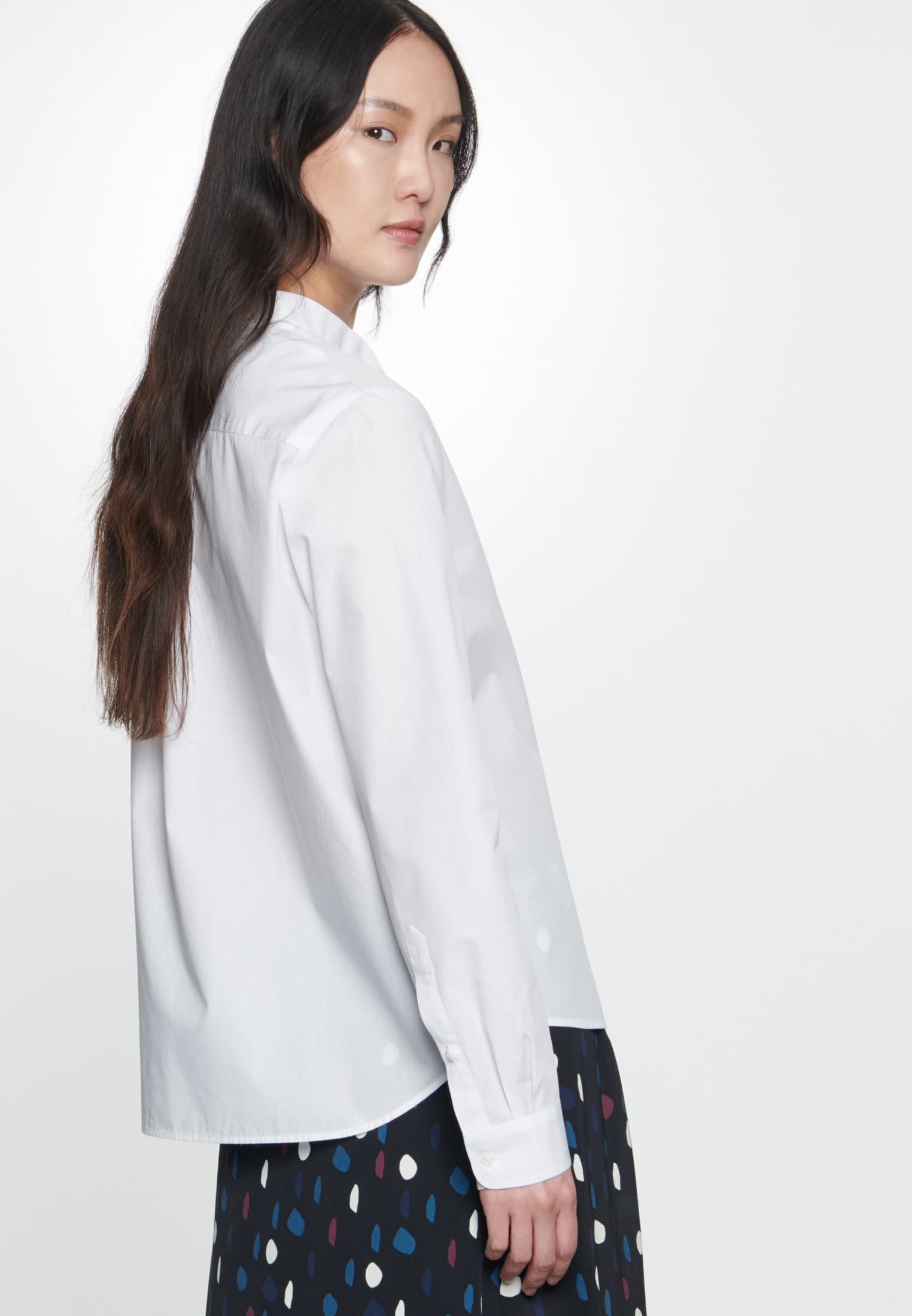 Voile Tie-Neck Blouse made of 100% Cotton in White |  Seidensticker Onlineshop