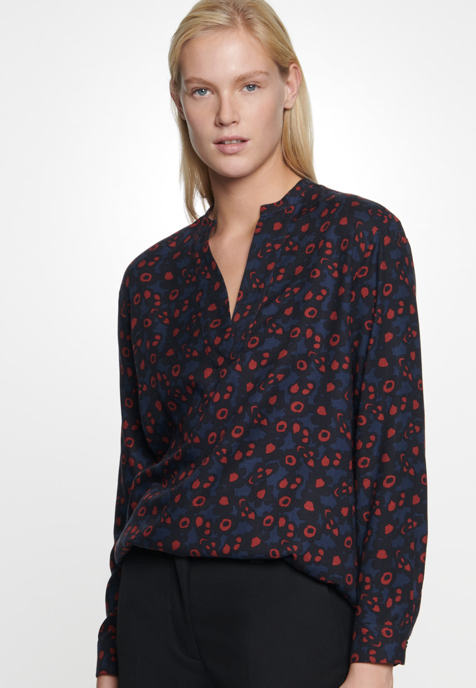 Twill Slip Over Blouse made of 100% Viscose in Dark blue |  Seidensticker Onlineshop