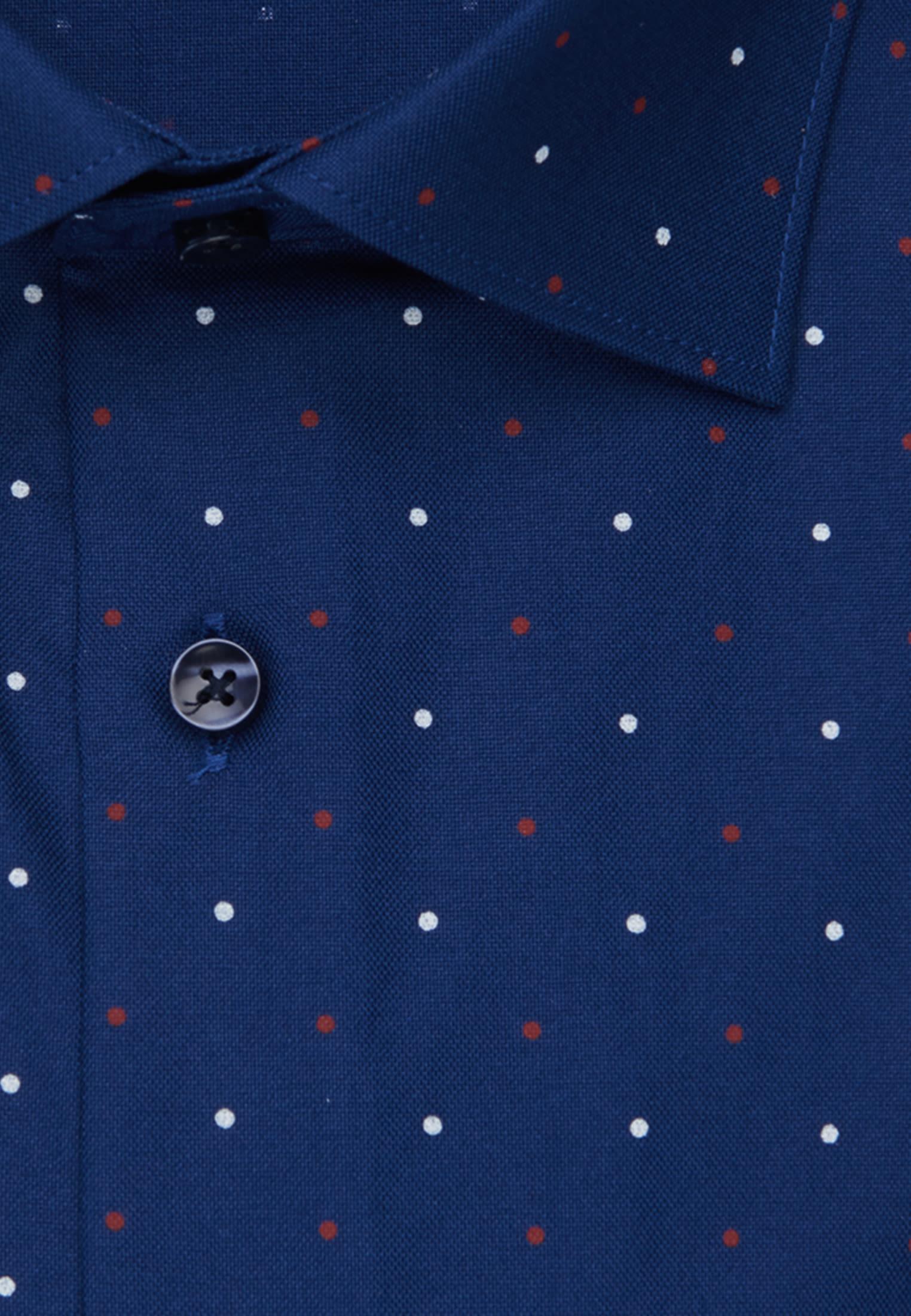 Bügelleichtes Oxford Business Hemd in Shaped mit Kentkragen in Mittelblau |  Seidensticker Onlineshop