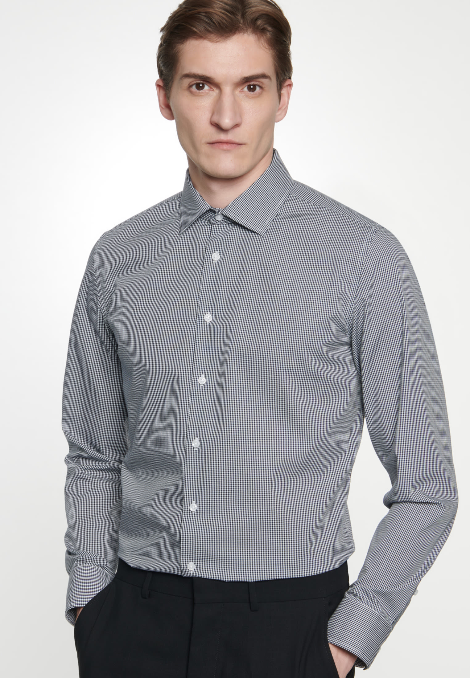 Non-iron Poplin Business Shirt in Slim with Kent-Collar in Dark blue |  Seidensticker Onlineshop