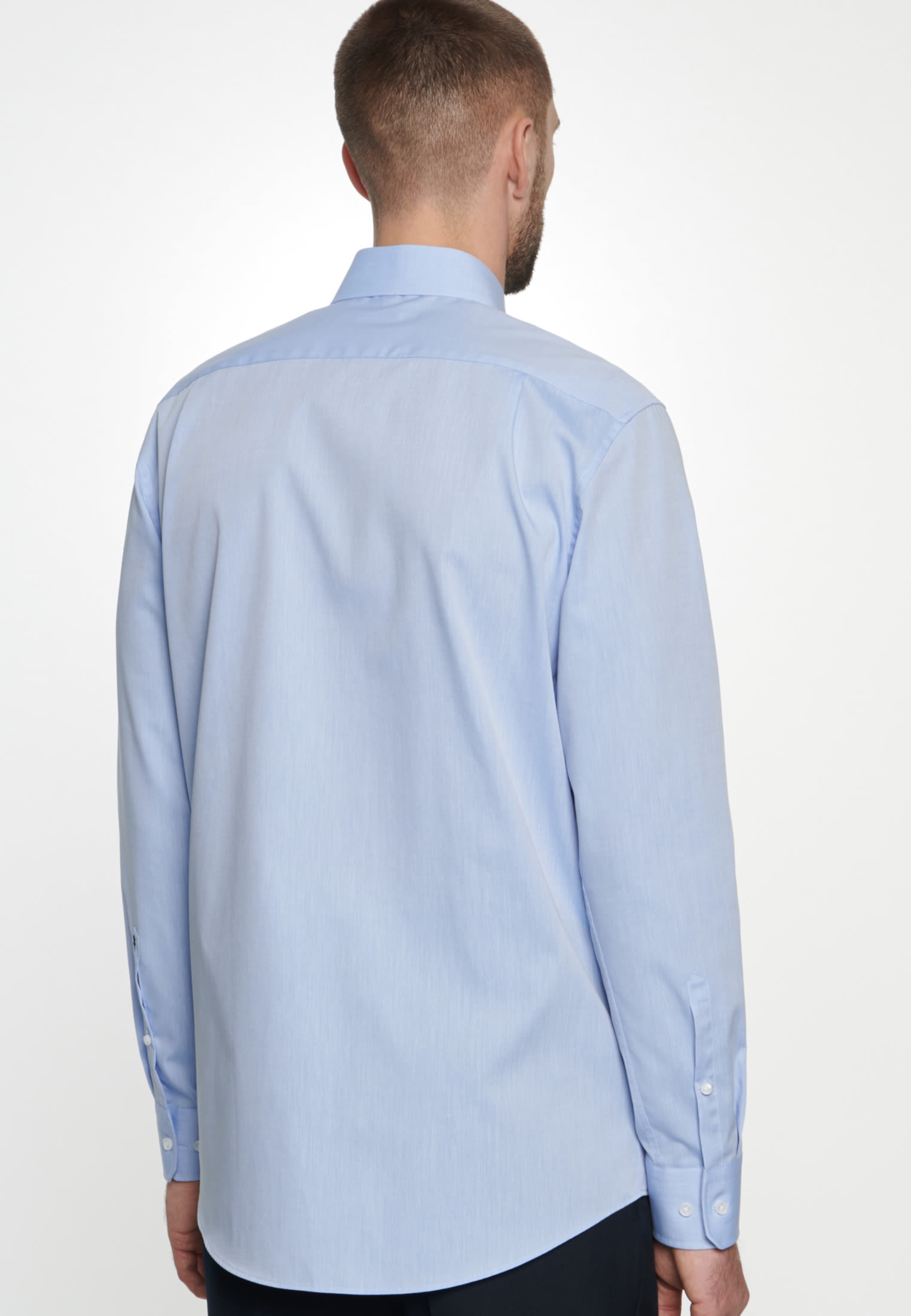 Non-iron Chambray Business Shirt in Comfort with Kent-Collar in Light blue |  Seidensticker Onlineshop