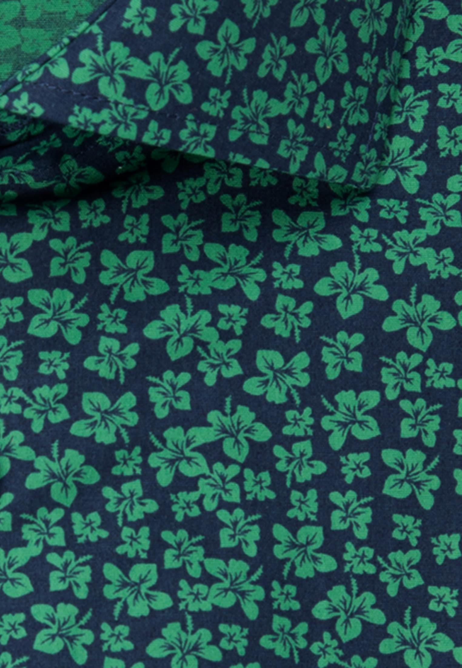 Easy-iron Poplin Business Shirt in Shaped with Kent-Collar in Green |  Seidensticker Onlineshop