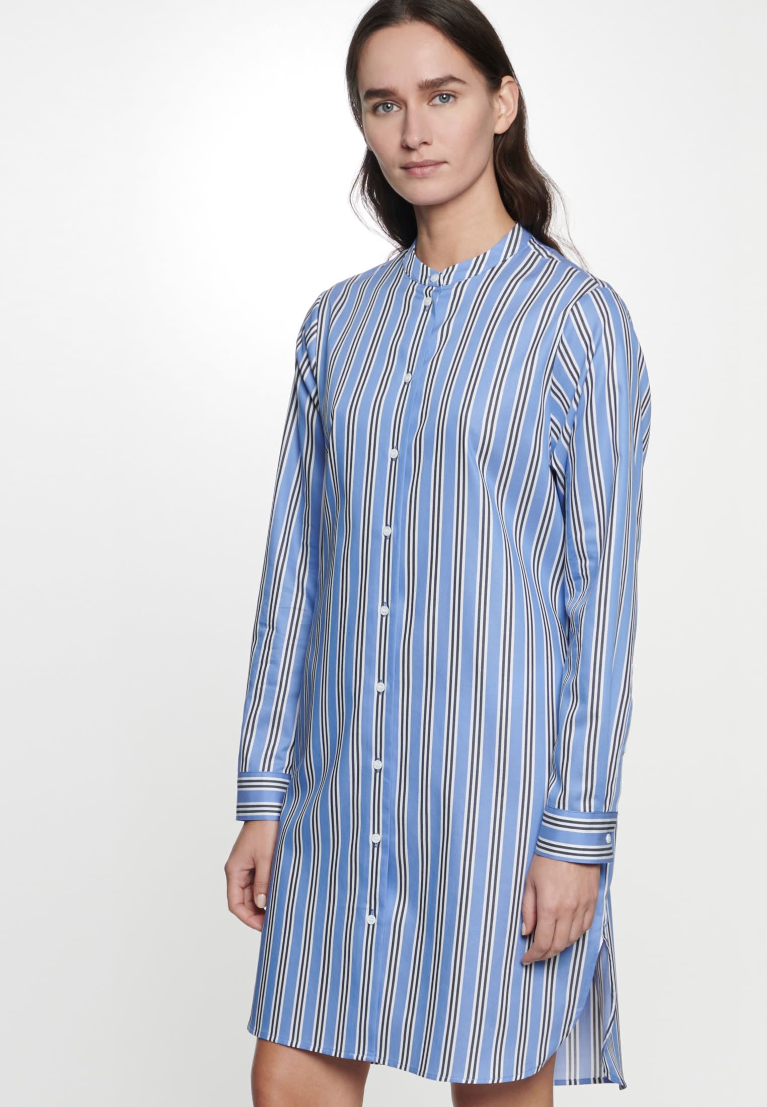 Twill Midi Kleid aus 100% Baumwolle in Mittelblau |  Seidensticker Onlineshop