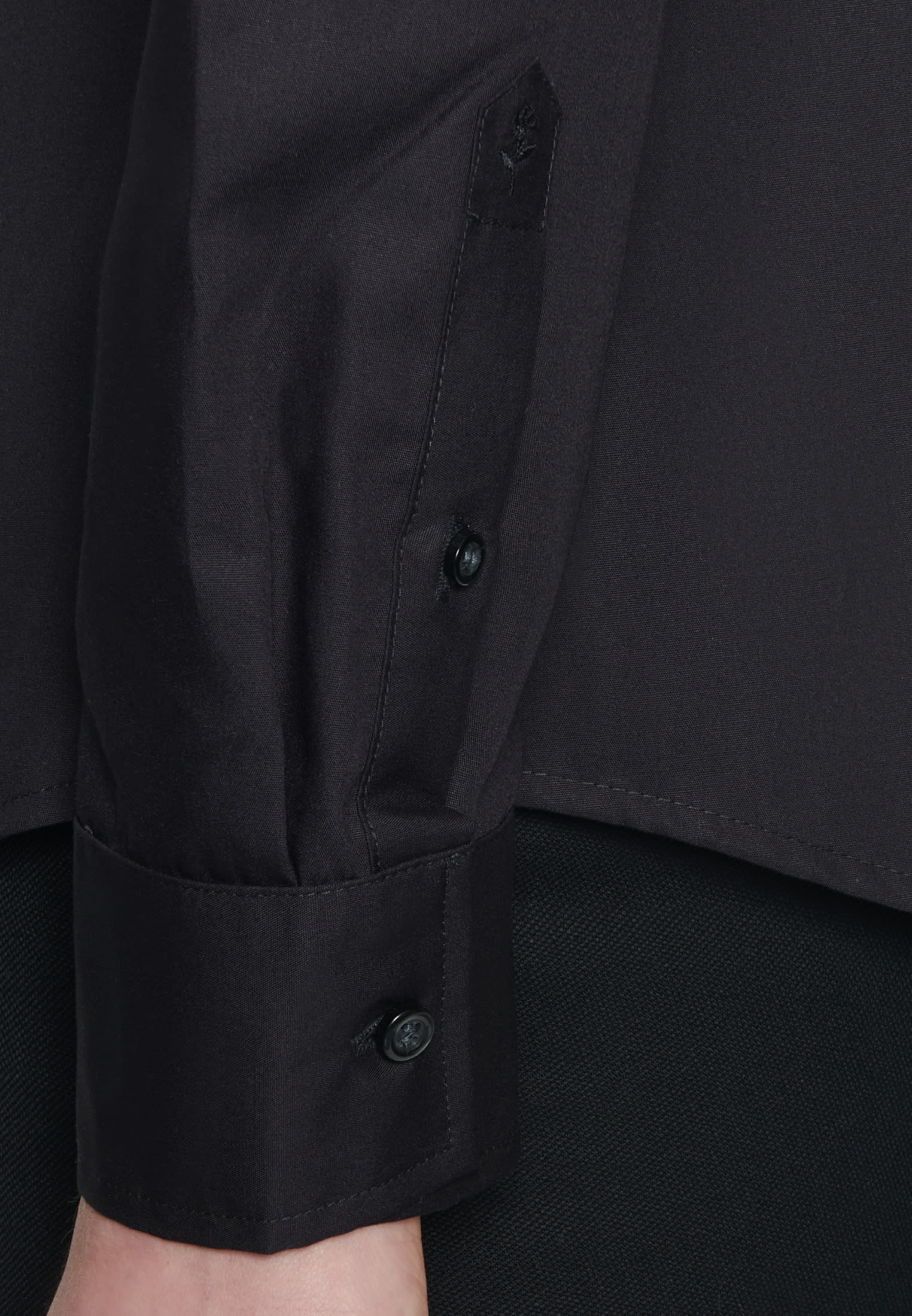 Bügelfreie Popeline Hemdbluse aus 100% Baumwolle in Schwarz |  Seidensticker Onlineshop
