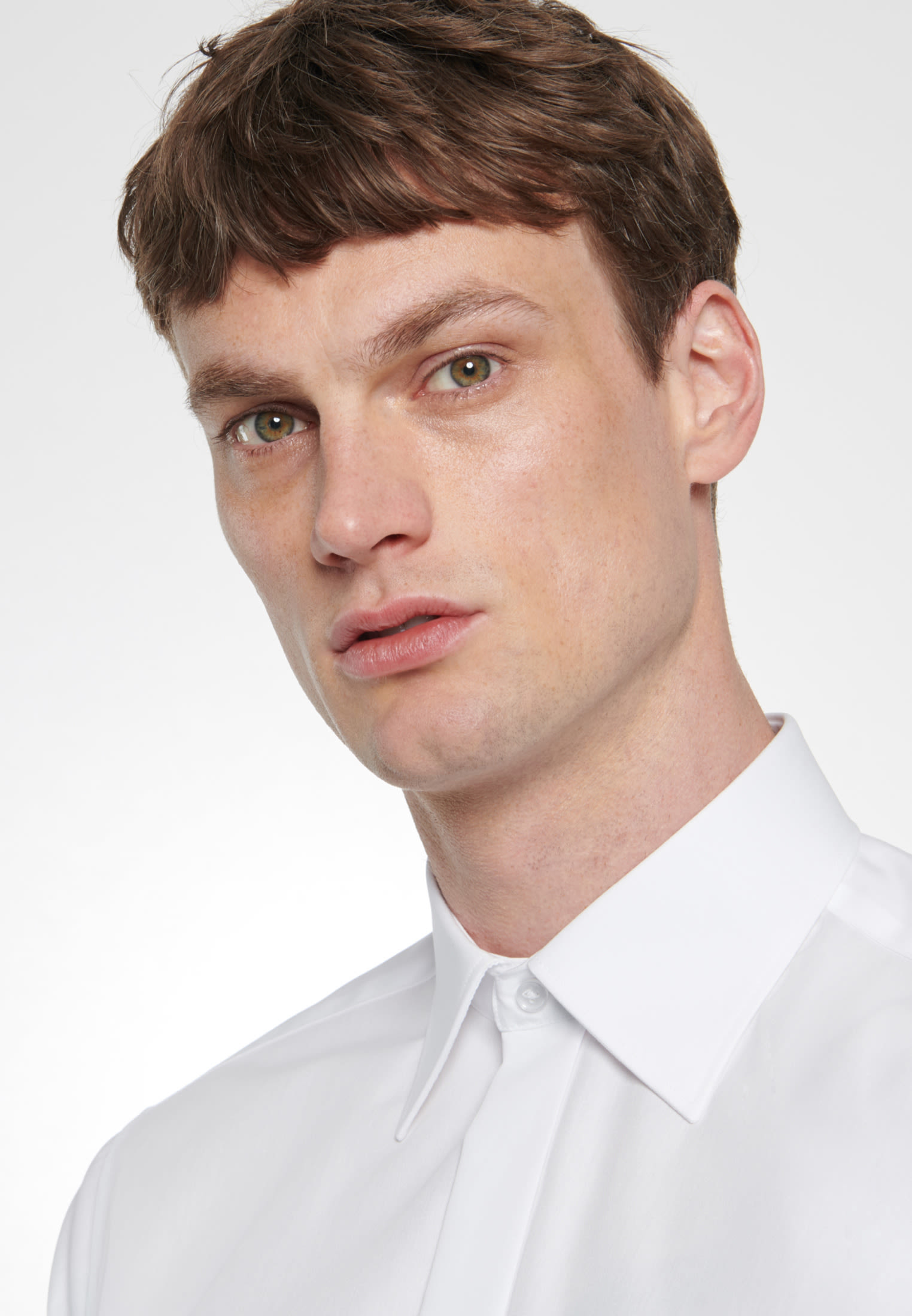 Non-iron Poplin Gala Shirt in Regular with Kent-Collar in White |  Seidensticker Onlineshop
