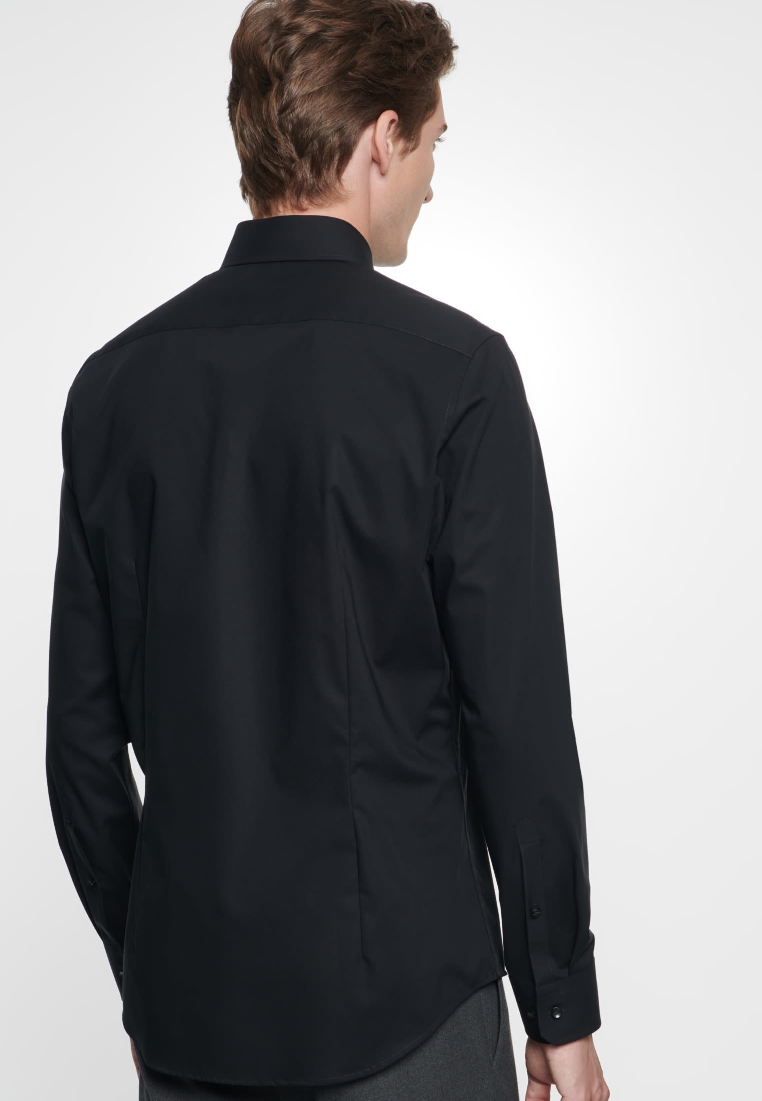 Non-iron Poplin Business Shirt in Slim with Kent-Collar in Black |  Seidensticker Onlineshop