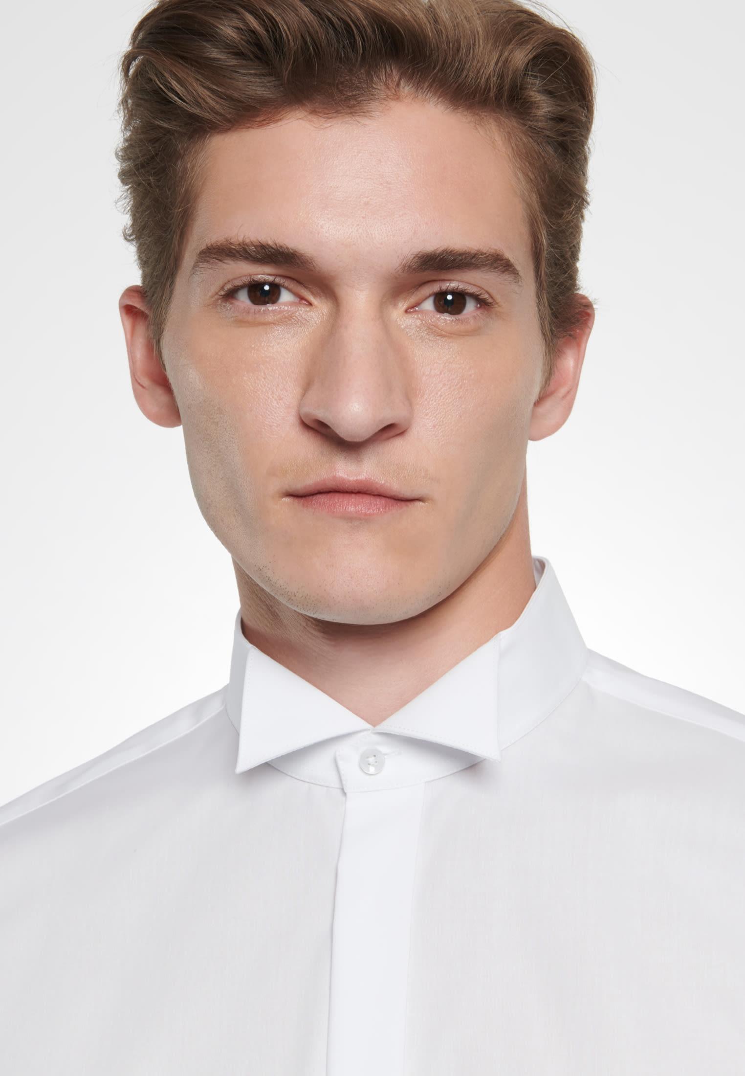 Bügelfreies Popeline Smokinghemd in Slim mit Kläppchenkragen in Weiß |  Seidensticker Onlineshop
