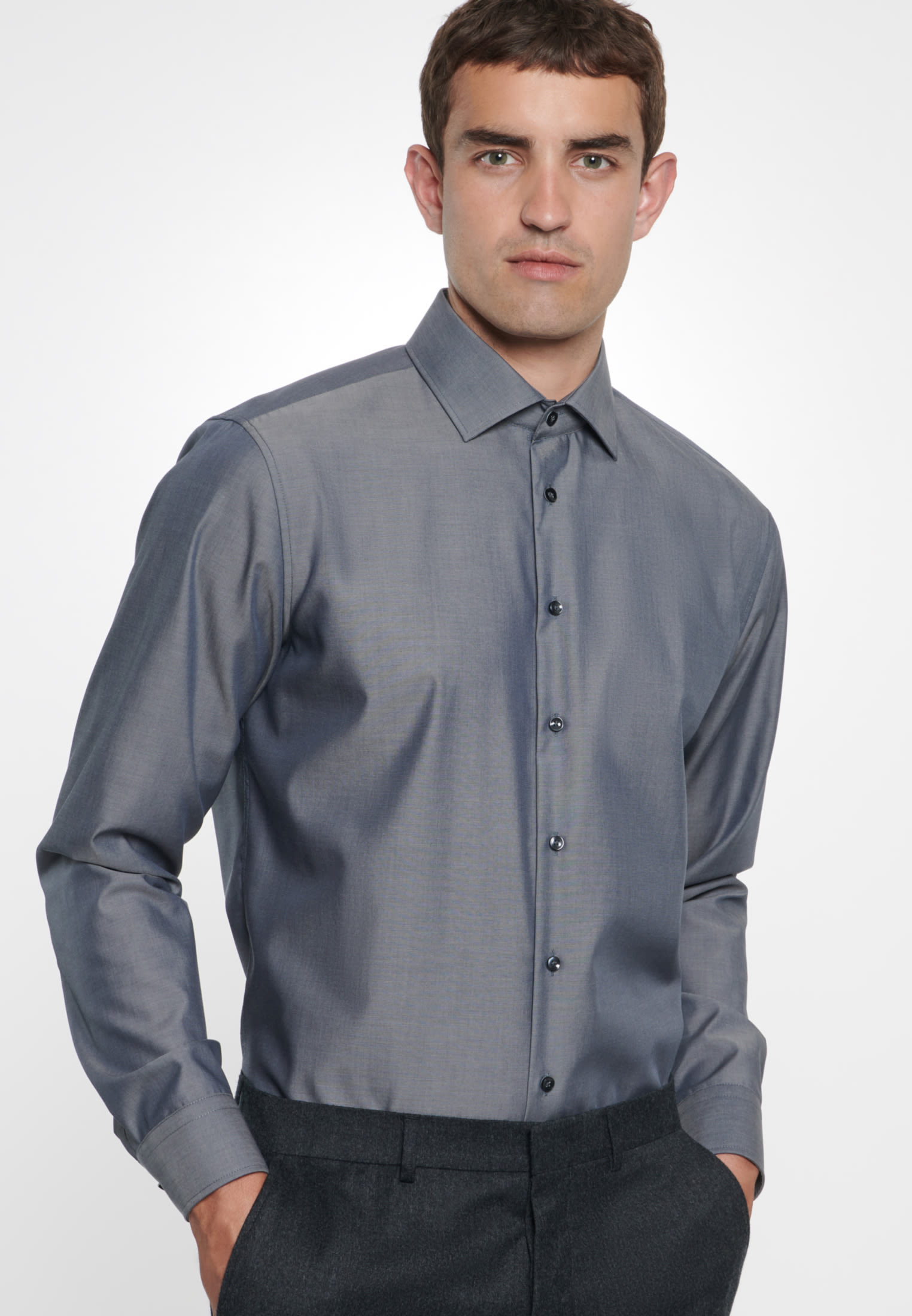 Non-iron Fil a fil Business Shirt in Tailored with Kent-Collar in Grey |  Seidensticker Onlineshop