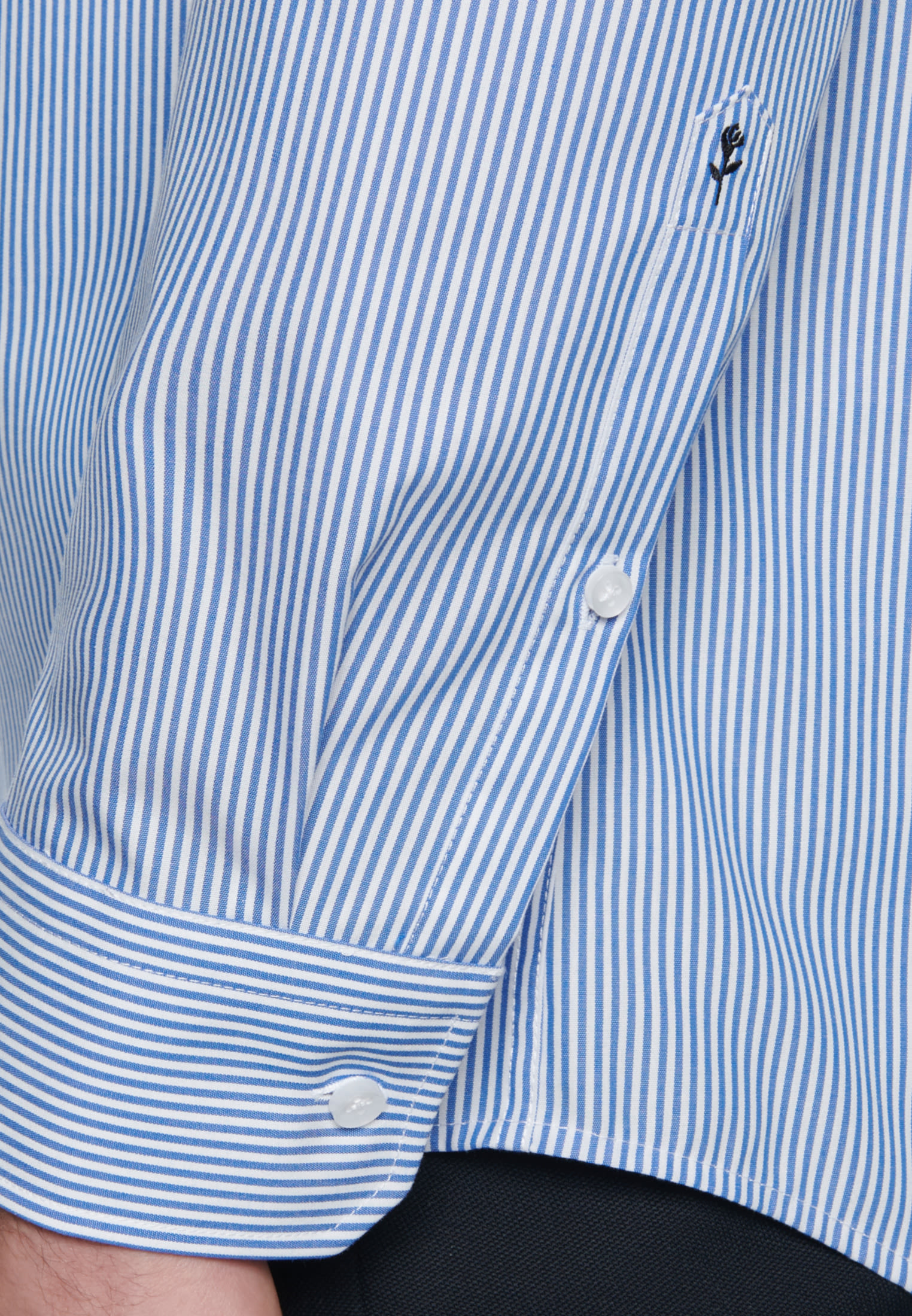 Bügelfreies Popeline Business Hemd in Modern mit Button-Down-Kragen in Mittelblau |  Seidensticker Onlineshop