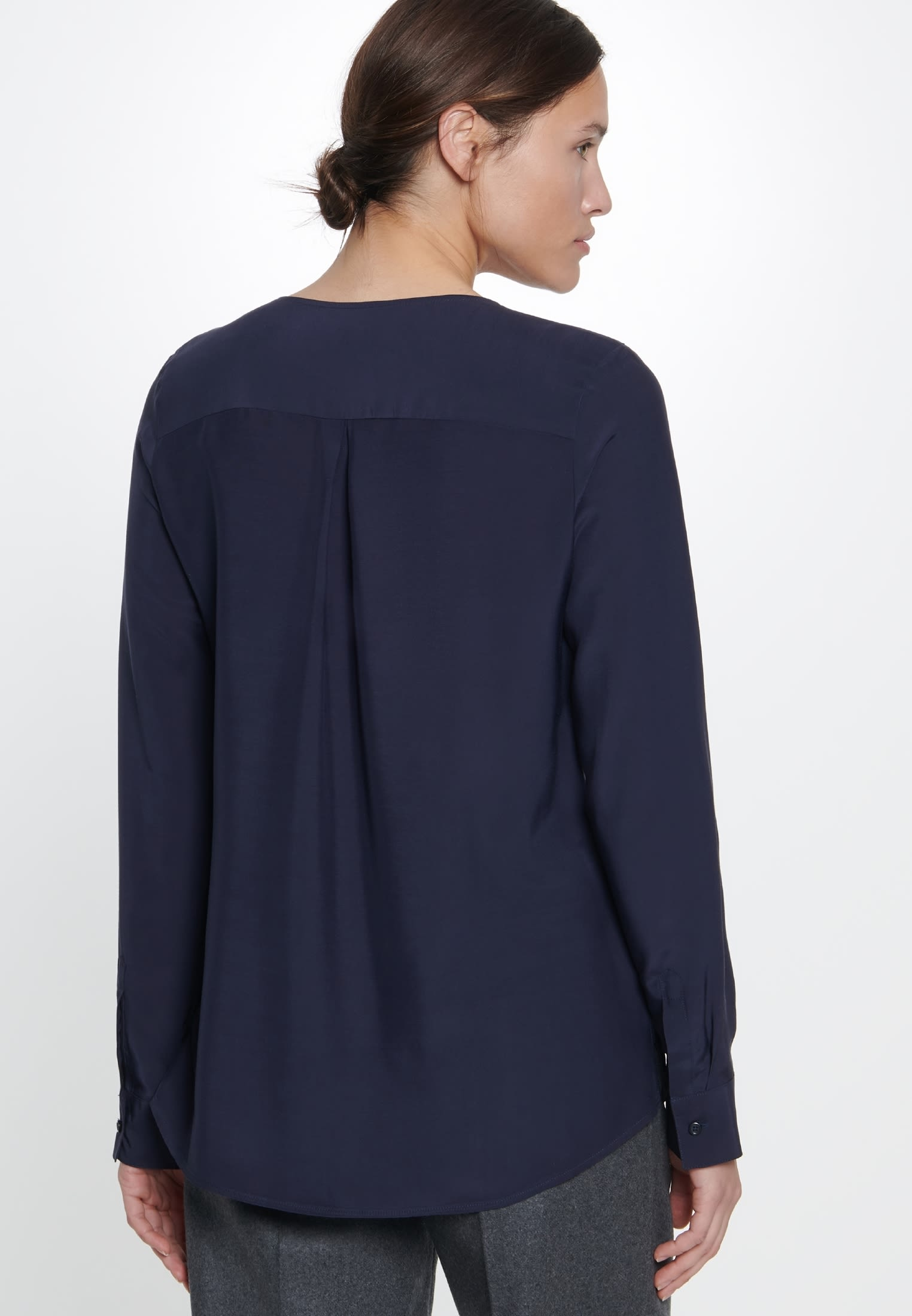 Voile Slip Over Blouse made of 100% Viscose in Dark blue |  Seidensticker Onlineshop