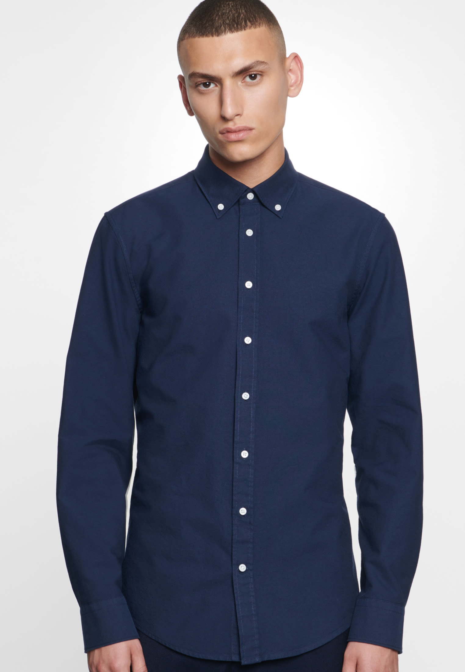 Easy-iron Oxford Business Shirt in Slim with Button-Down-Collar in Dunkelblau |  Seidensticker Onlineshop