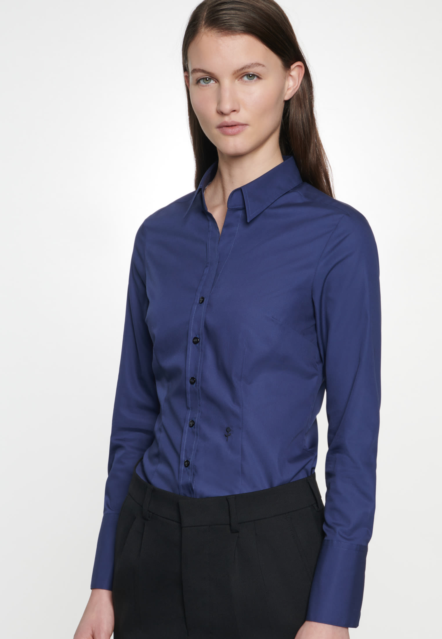Non-iron Poplin Shirt Blouse made of 100% Cotton in Dunkelblau |  Seidensticker Onlineshop