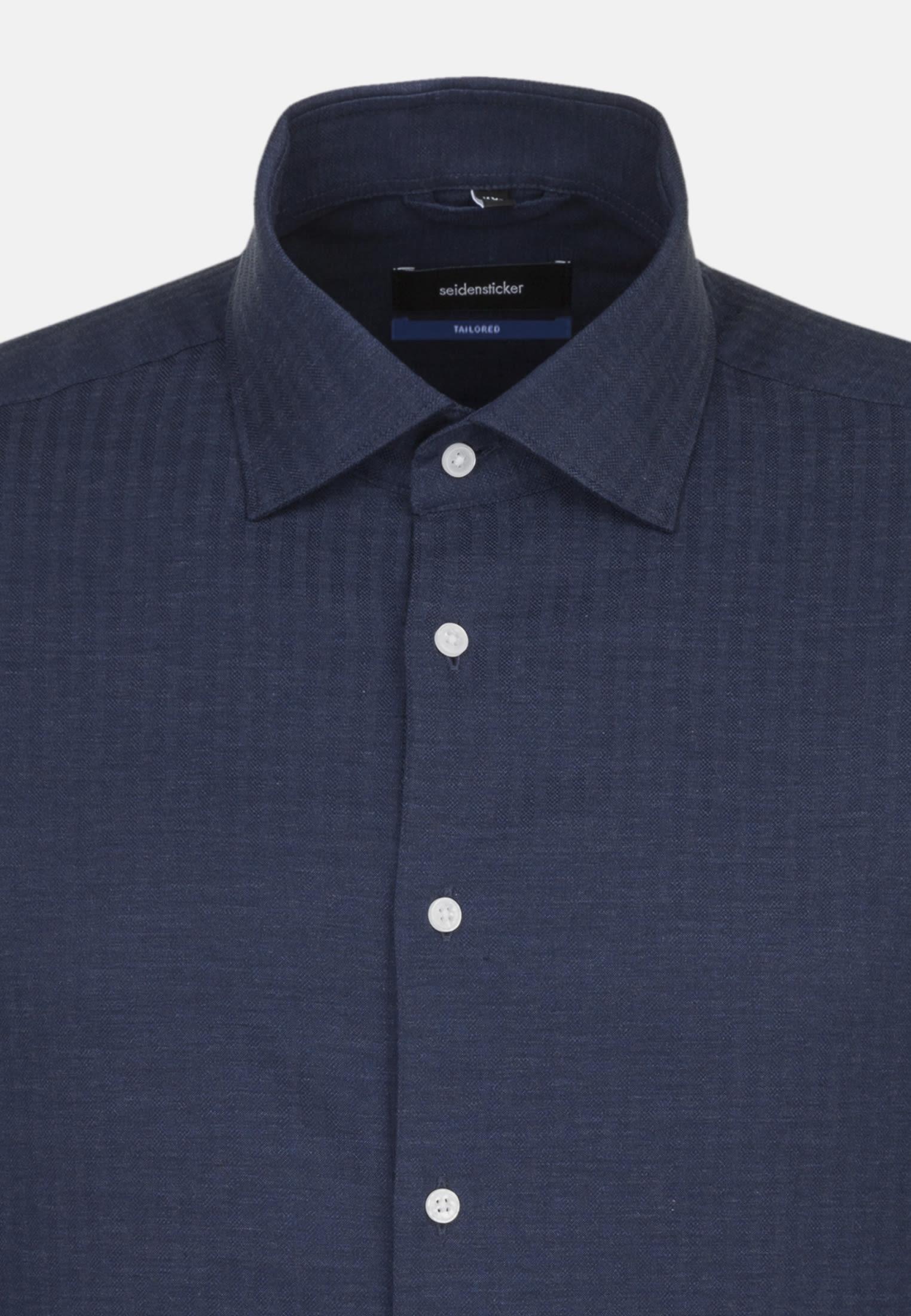 Bügelleichtes Struktur Business Hemd in Tailored mit Kentkragen in Dunkelblau |  Seidensticker Onlineshop