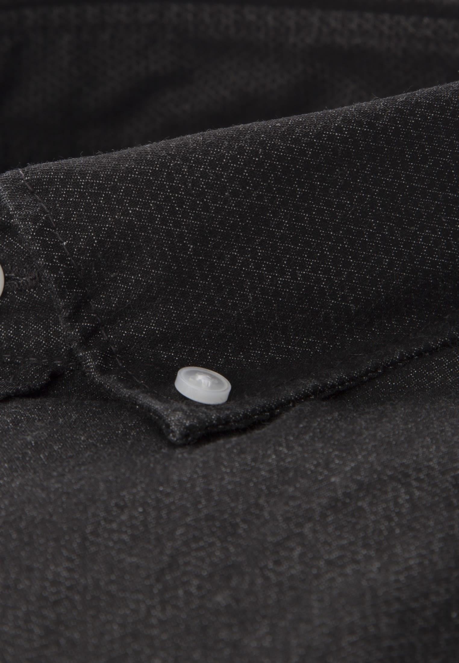 Bügelleichtes Denim Business Hemd in Regular mit Button-Down-Kragen in Schwarz |  Seidensticker Onlineshop