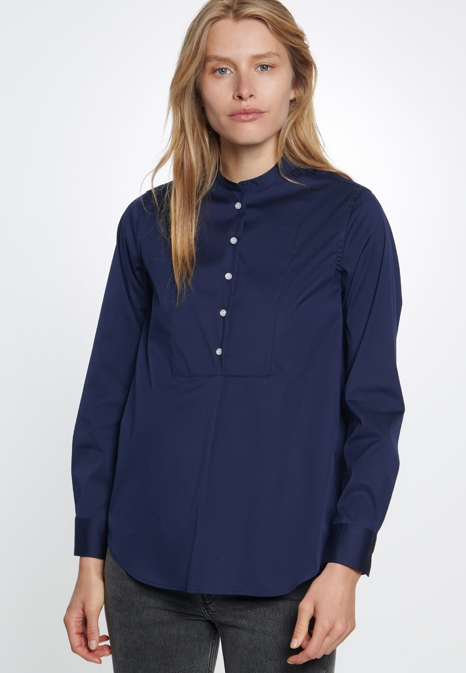 Poplin Stand-Up Blouse made of 75% Cotton 20% Polyamid/Nylon 5% Elastane in dunkelblau |  Seidensticker Onlineshop