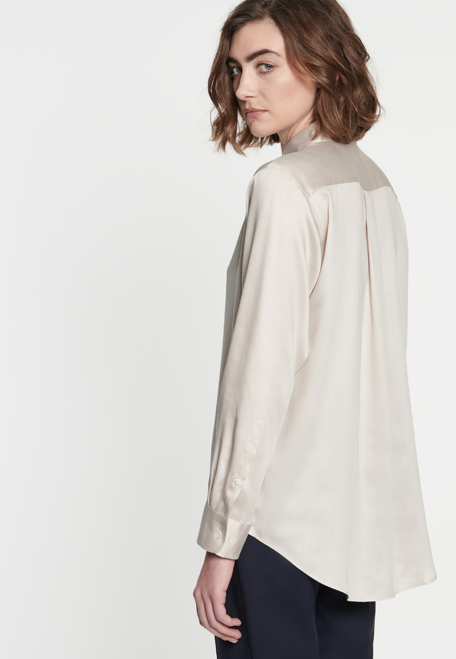 Poplin Shirt Blouse made of 100% Viskose in beige    Seidensticker Onlineshop