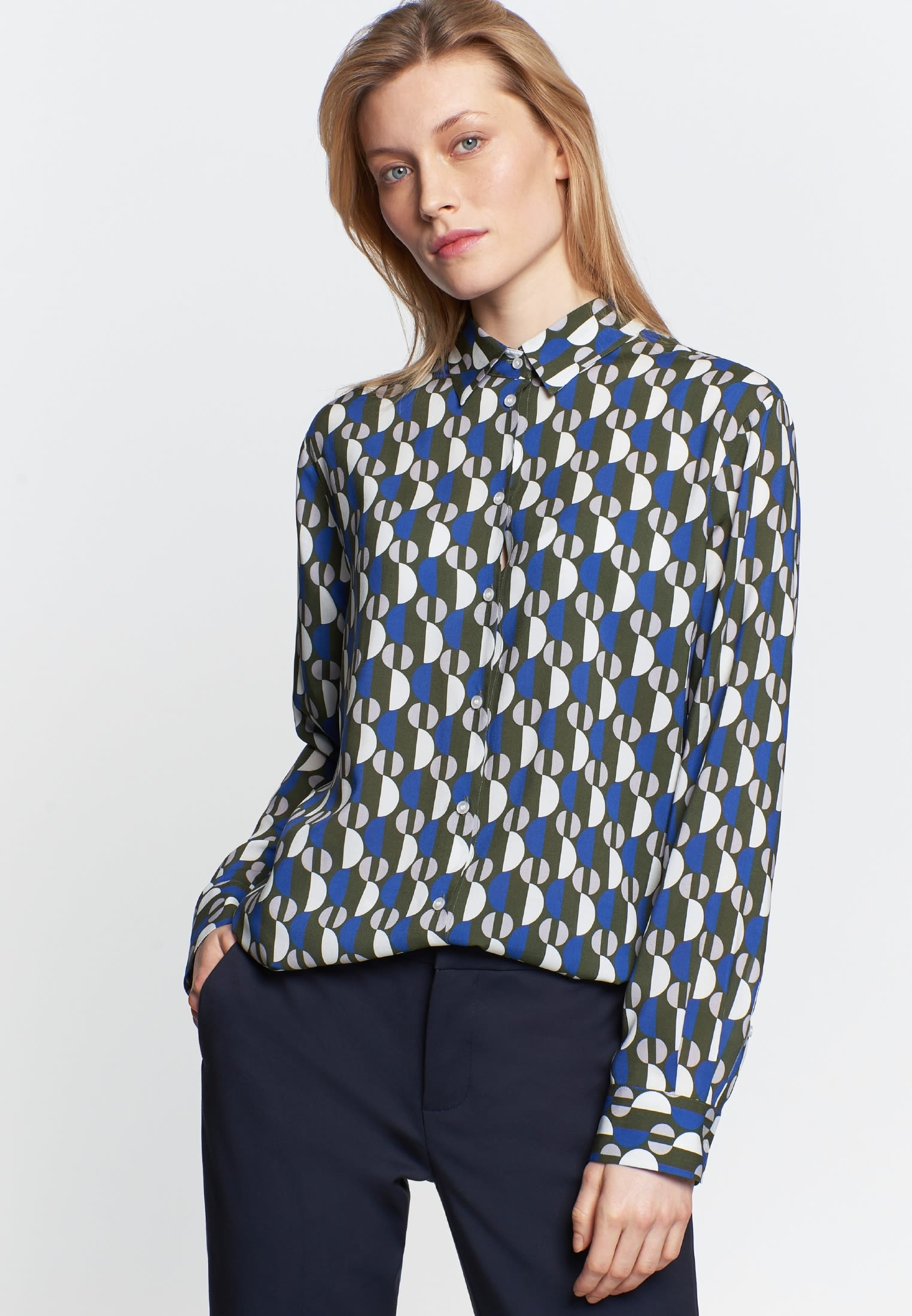 Voile Shirt Blouse made of 100% Viscose in Green |  Seidensticker Onlineshop