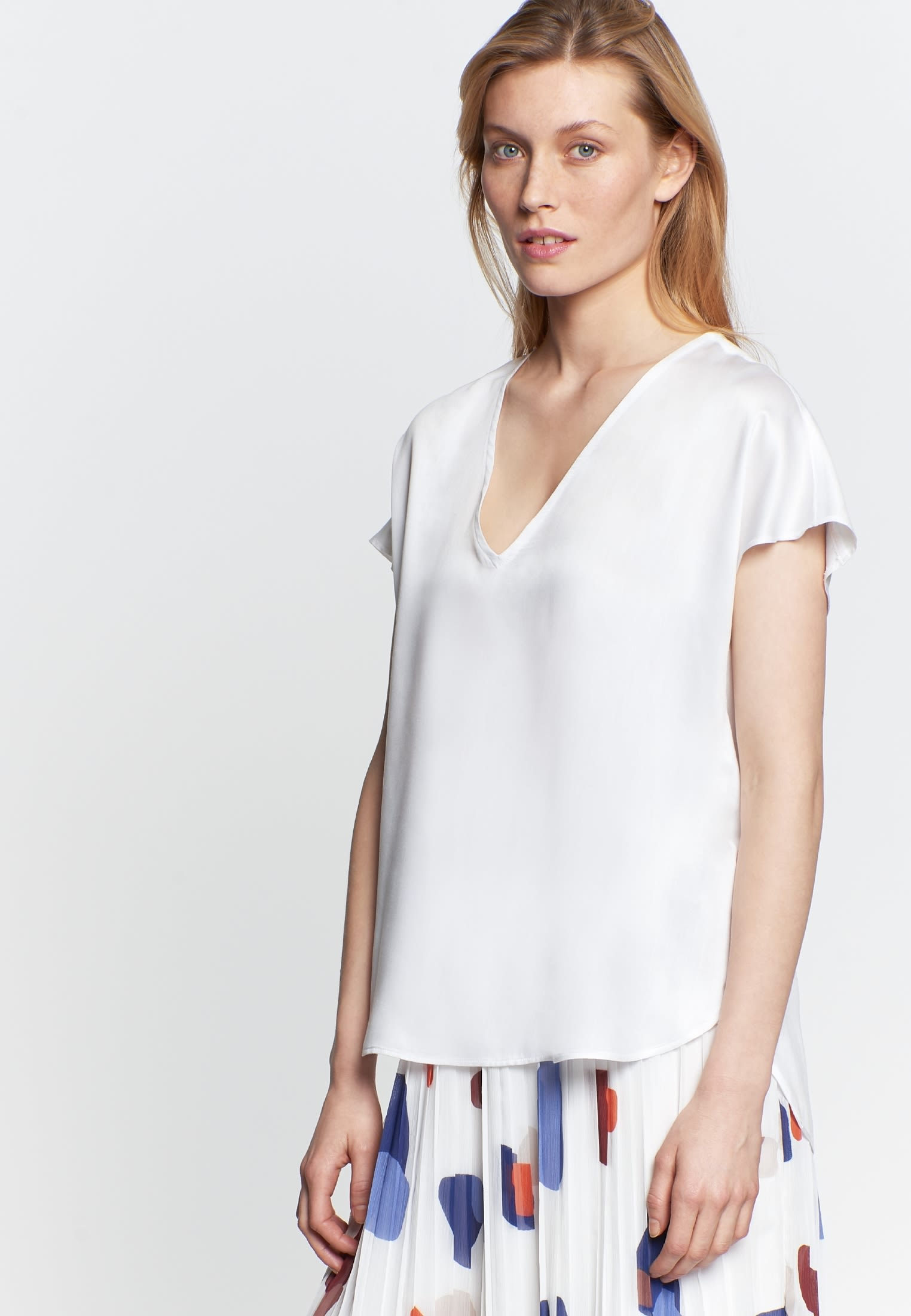 Short sleeve Poplin Shirt Blouse made of 100% Viscose in White |  Seidensticker Onlineshop
