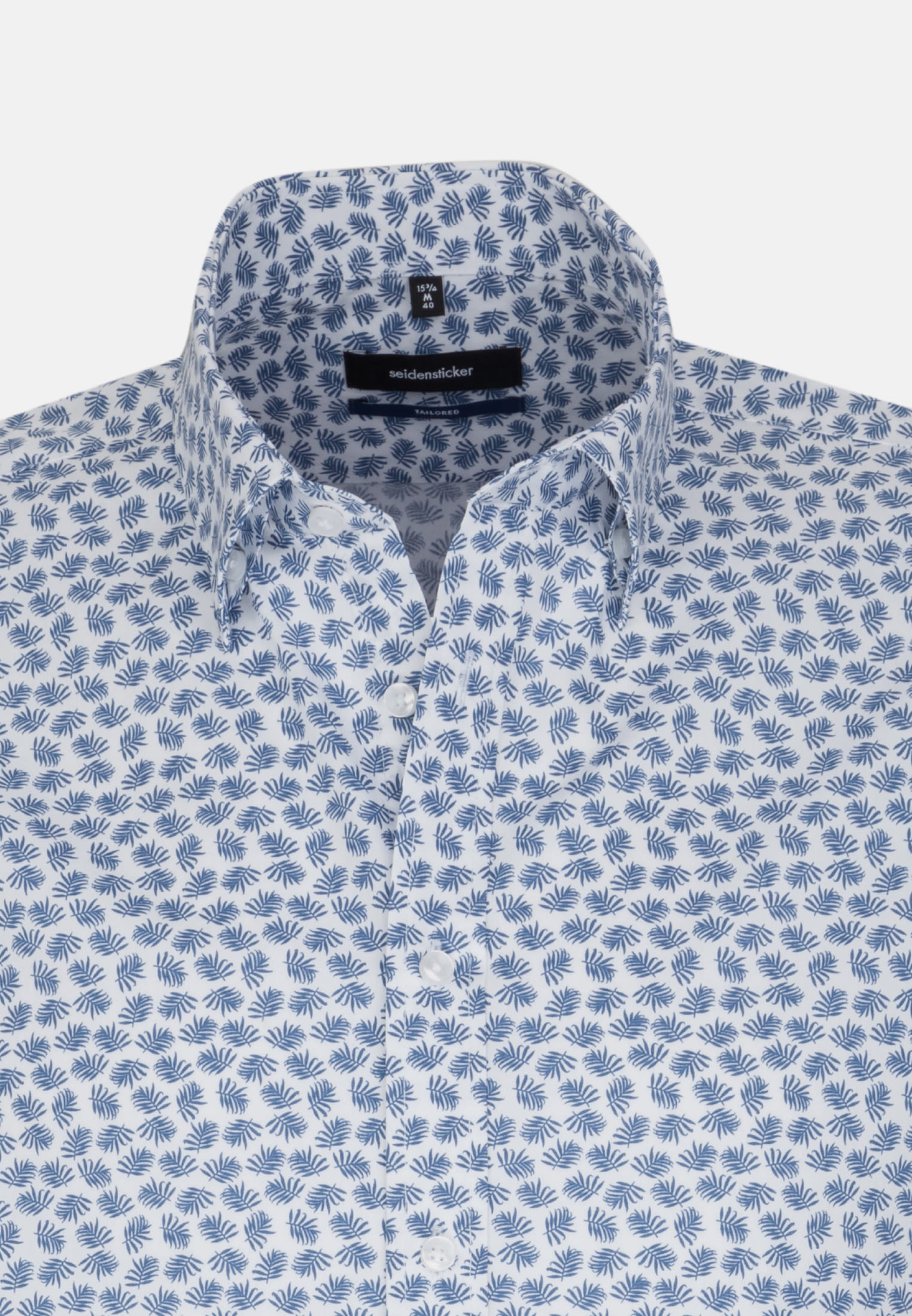 Bügelleichtes Popeline Kurzarm Business Hemd in Tailored mit Covered-Button-Down-Kragen in Mittelblau |  Seidensticker Onlineshop