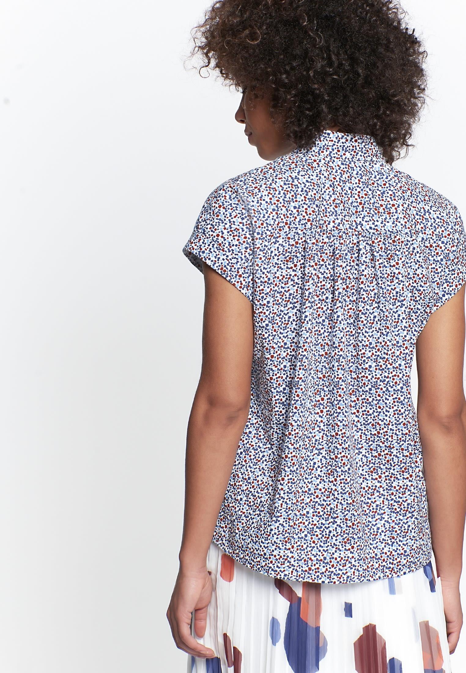 Sleeveless Voile Shirt Blouse made of 100% Cotton in Medium blue |  Seidensticker Onlineshop