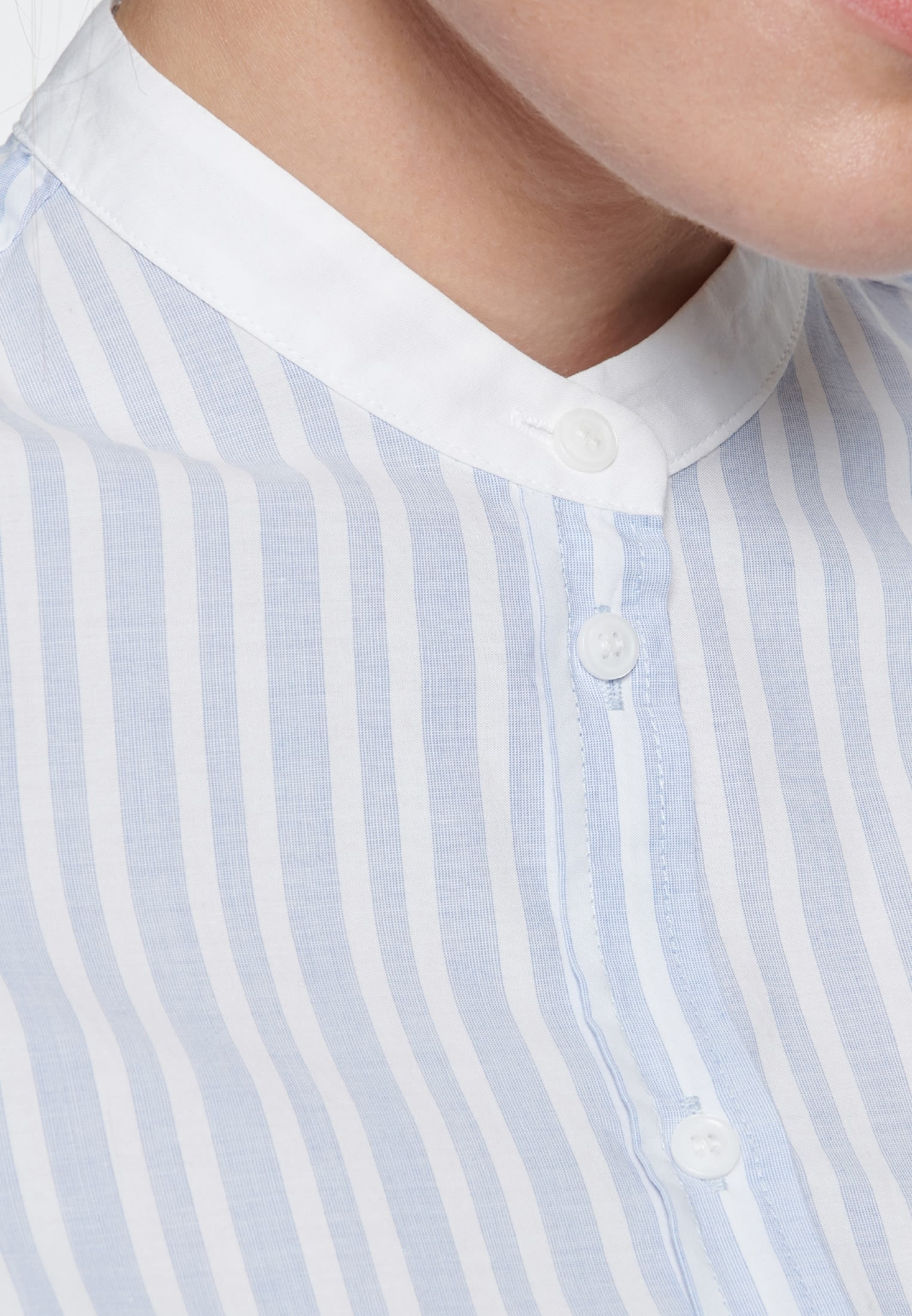 Fil a fil Stand-Up Blouse made of 100% Cotton in Light blue |  Seidensticker Onlineshop