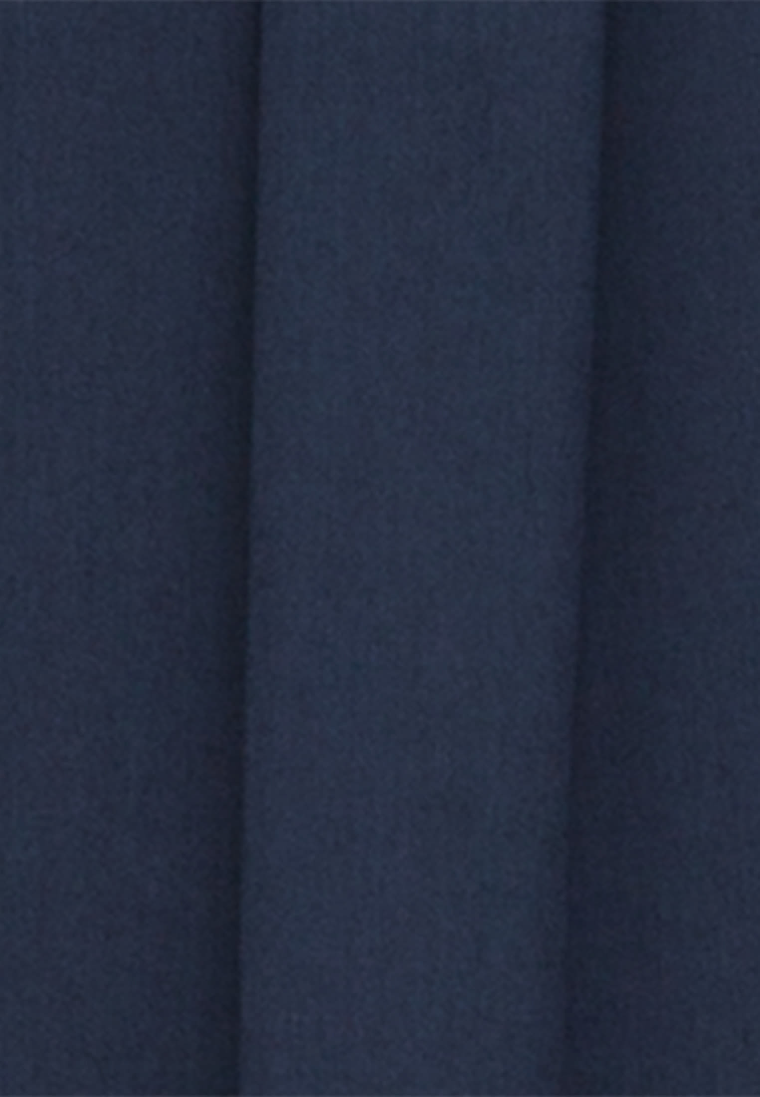Satin Hemdbluse aus 100% Viskose in Dunkelblau    Seidensticker Onlineshop