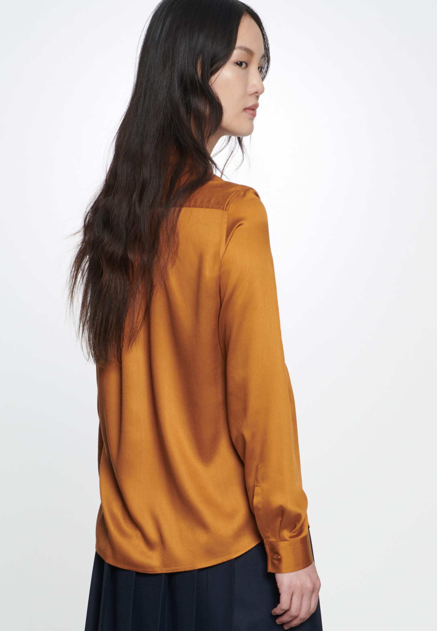 Satin Hemdbluse aus 100% Viskose in Orange |  Seidensticker Onlineshop