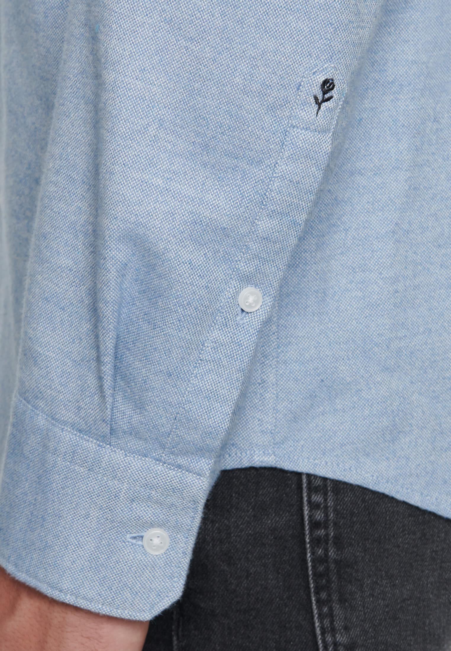 Easy-iron Oxford Business Shirt in Slim with Kent-Collar in Light blue |  Seidensticker Onlineshop