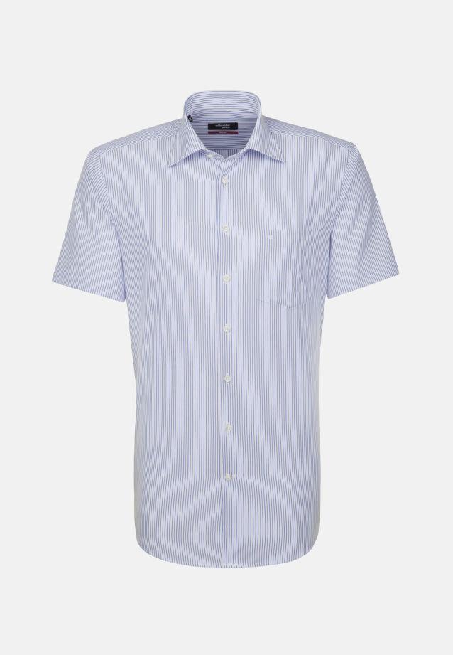 Bügelfreies Popeline Kurzarm Business Hemd in Modern mit Kentkragen in weiß/ blau |  Seidensticker Onlineshop