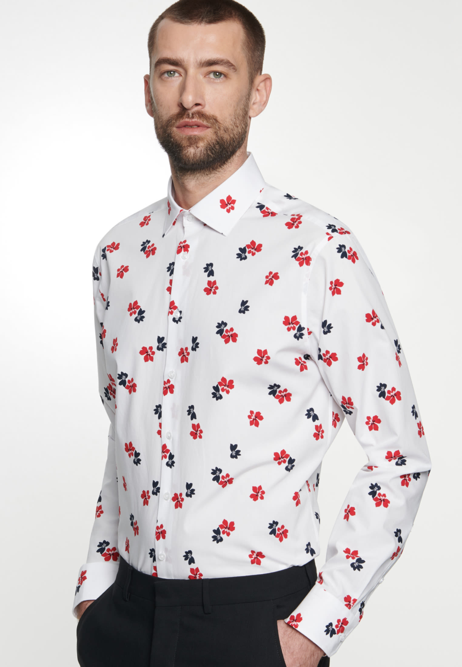 Easy-iron Poplin Business Shirt in Regular with Kent-Collar in Red |  Seidensticker Onlineshop