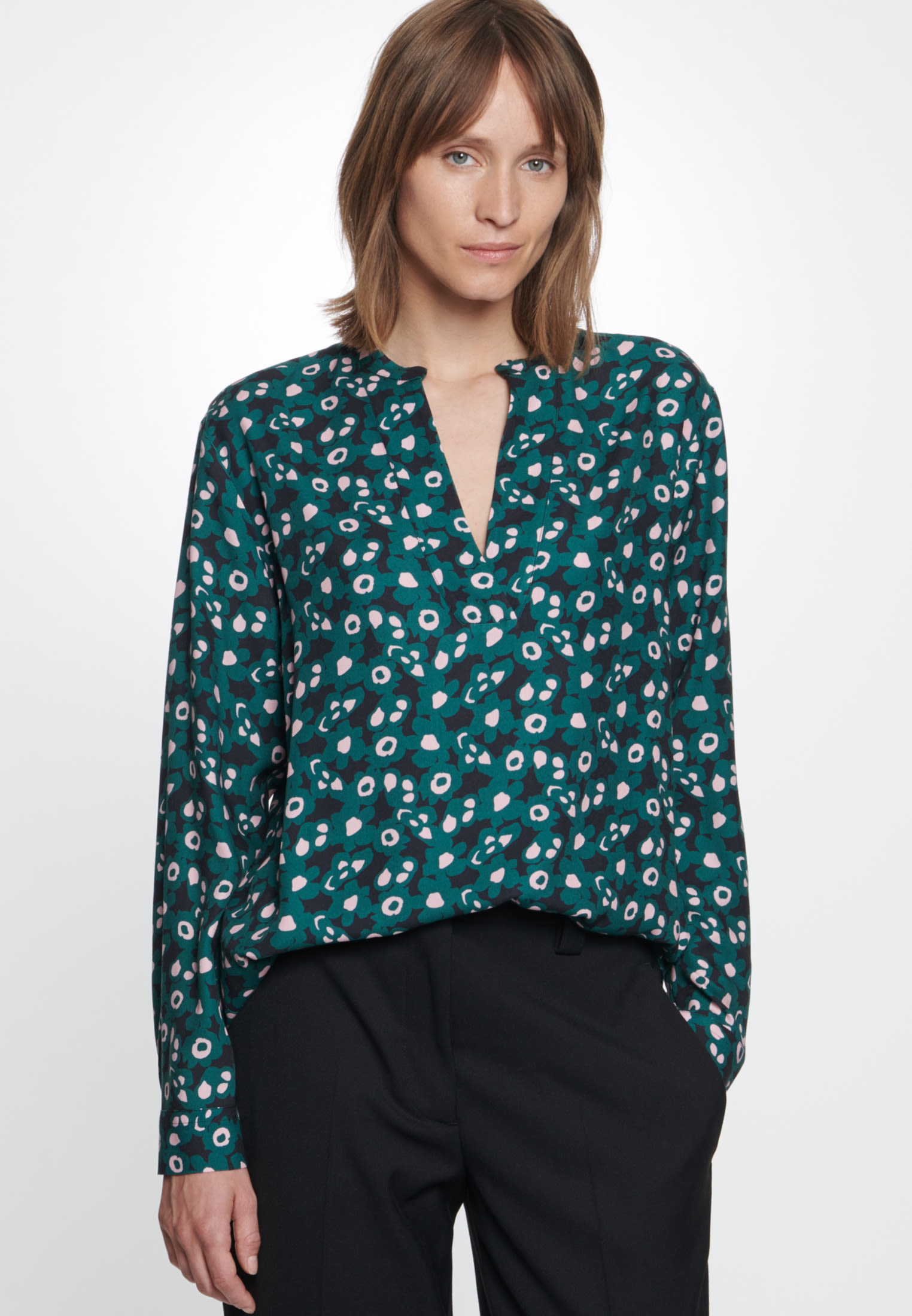 Twill Slip Over Blouse made of 100% Viscose in Green |  Seidensticker Onlineshop
