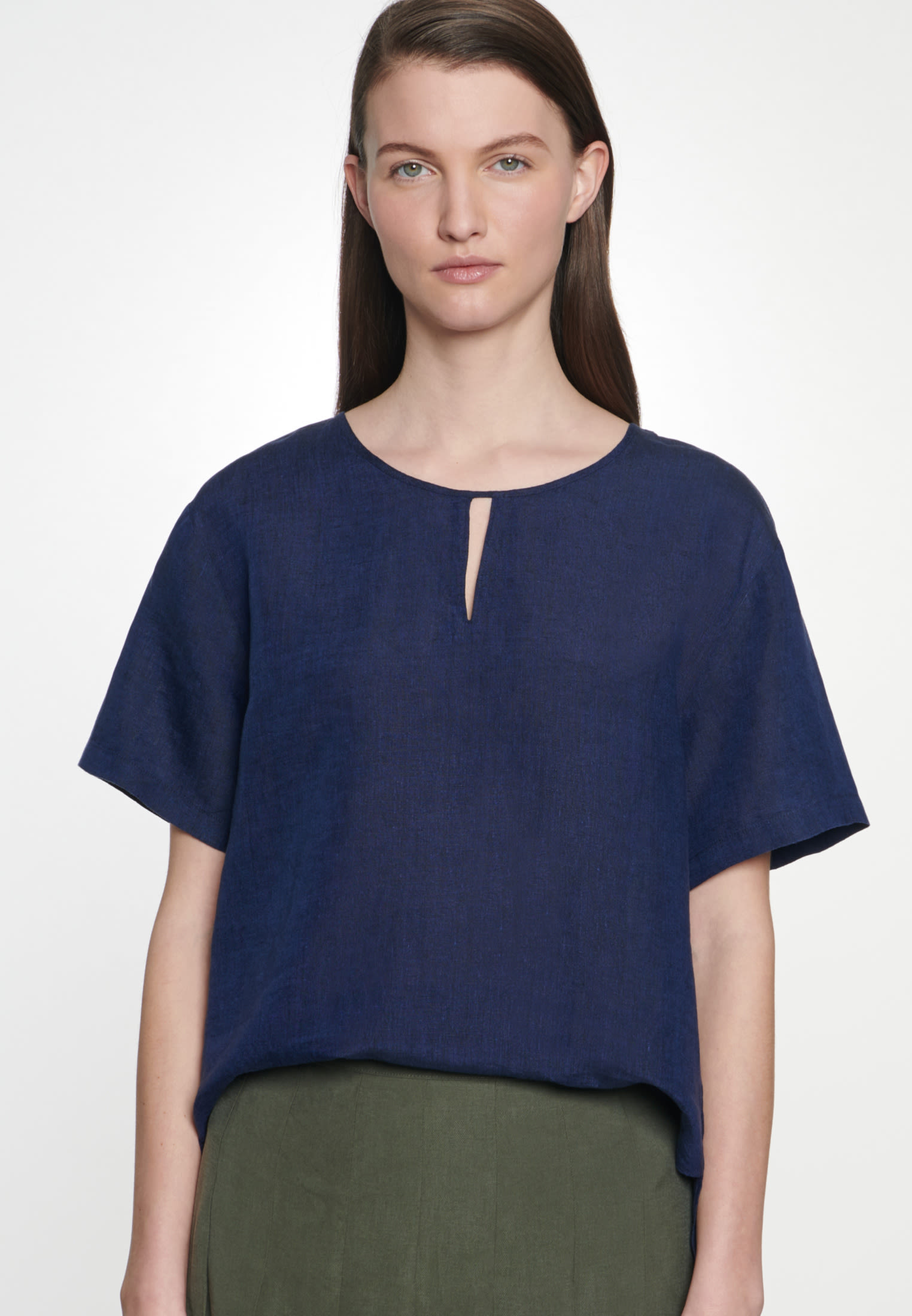 Short sleeve Linen Shirt Blouse made of 100% Linen in Dark blue |  Seidensticker Onlineshop