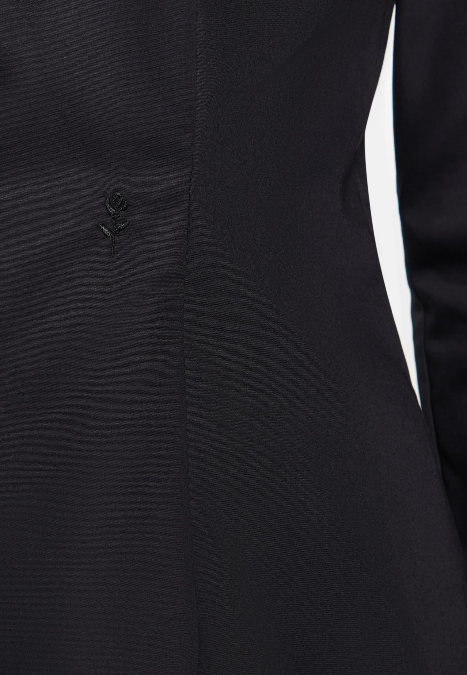 Bügelfreie Popeline Kelchkragenbluse aus 100% Baumwolle in Schwarz |  Seidensticker Onlineshop