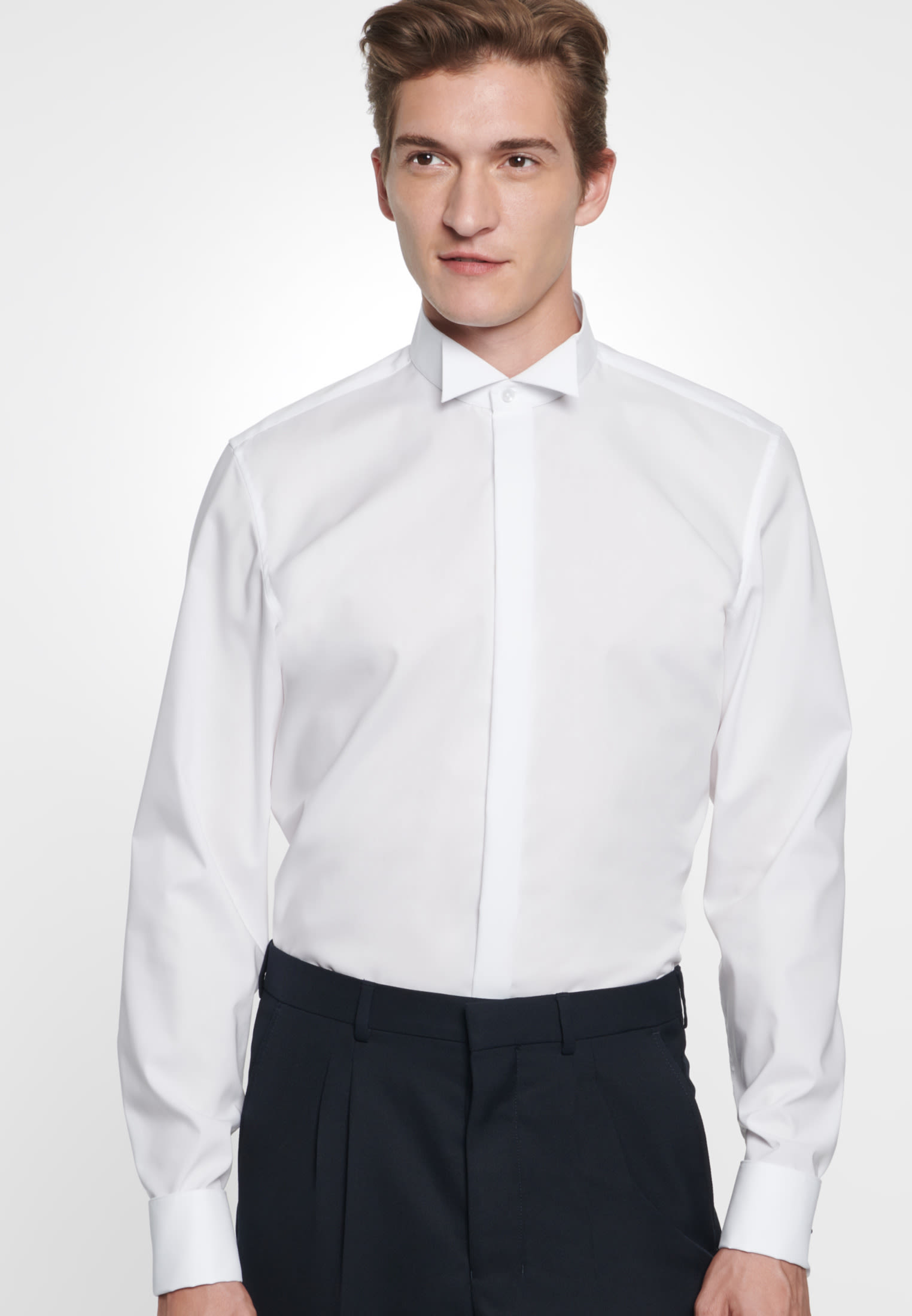 Non-iron Poplin Gala Shirt in Slim with Wing Collar in White |  Seidensticker Onlineshop