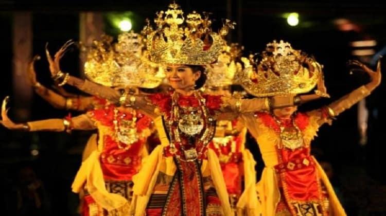 Tari Sigeh Pengunten Lampung