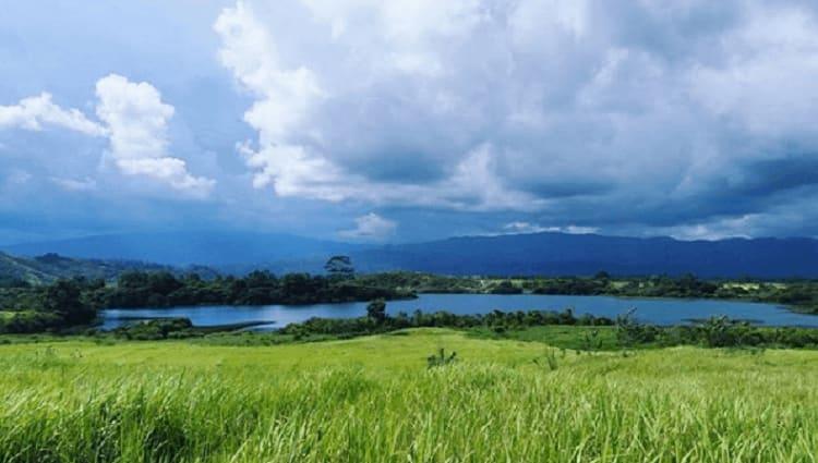 Danau Asam Suoh