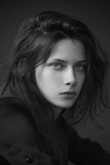 Theresa Laura