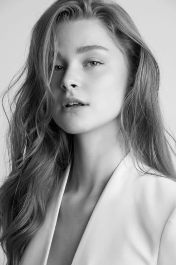 Alyssa  Holum