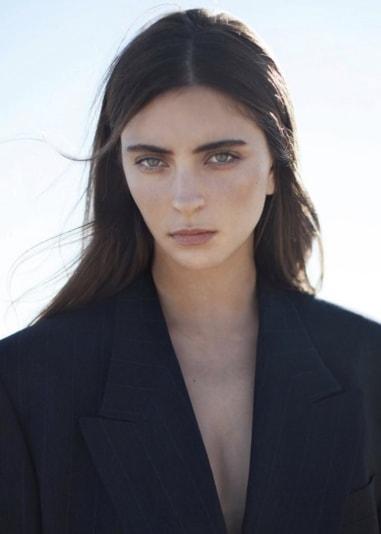 Laura Winges