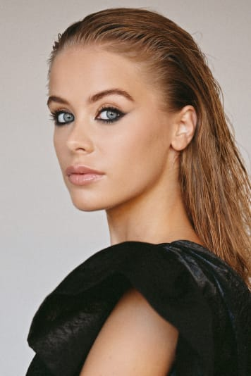 Chloe  Cavanagh