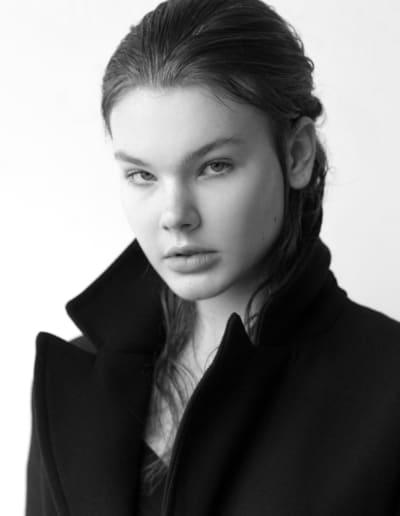 Halle Van Skyock