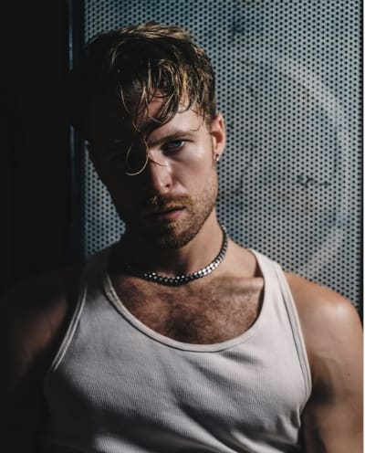 Rhett Wellington