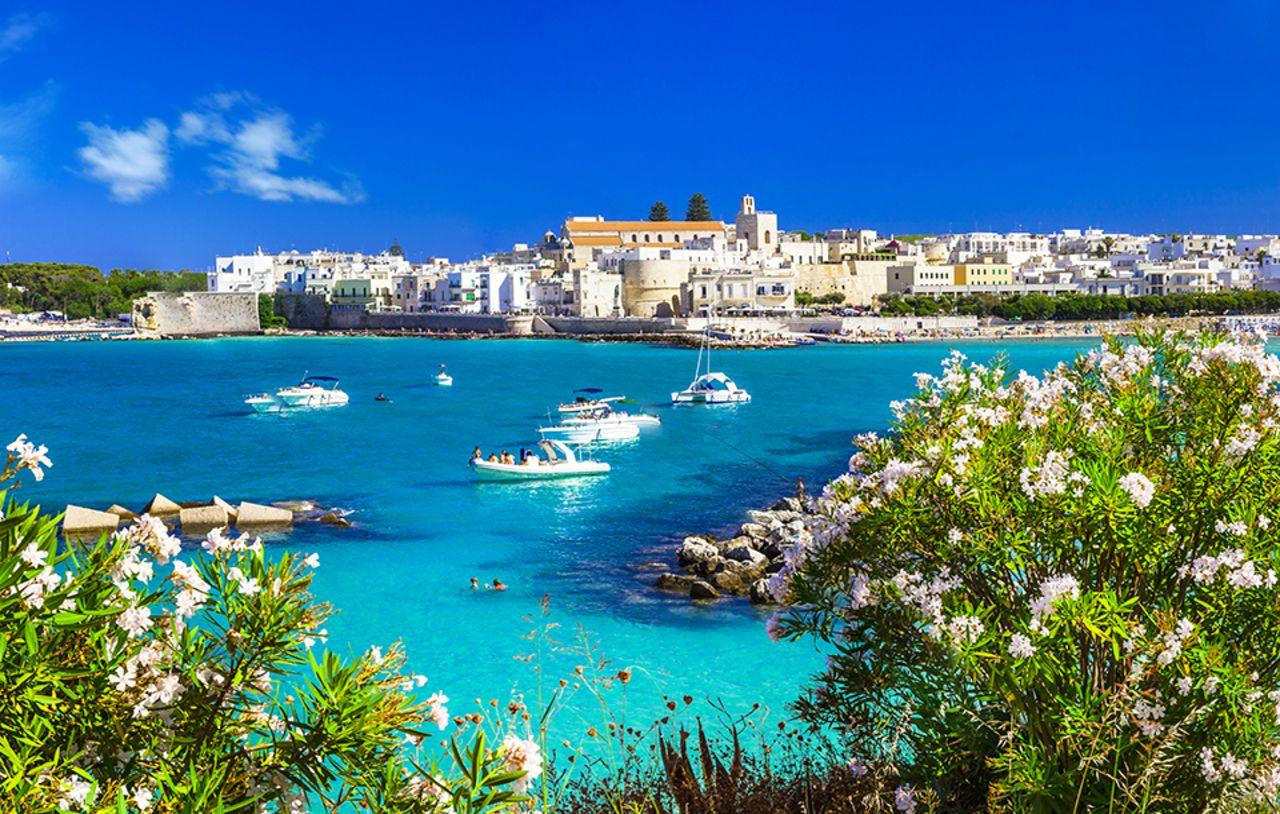 Se détendre sur les longues plages d'Otranto