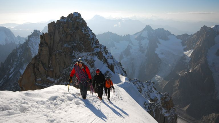 Espaces:6189 mètres d'espoir